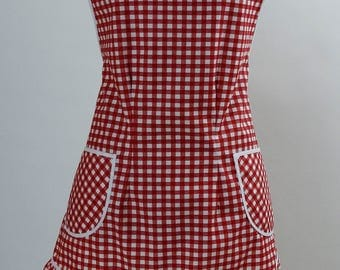 Pretty for a Picnic Vintage Style Apron