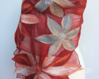 Felt shawl summer flower / Nuno felt / silk / merino wool / cloth / scarf / elegant / wedding / evening wear