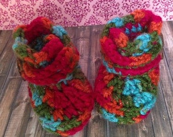 Rainbow Baby Booties with buttons (pink/orange/blue/green, crochet, baby girl boots, slippers)