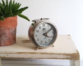 Vintage silver alarm clock 'Jaz'