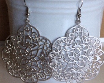 Large matte silver plated filigree earrings