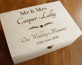 Personalised Wedding Memories Box, Wedding Keepsake Box, Personalised Rustic Wedding memory Box, Wedding Gift, Memory Box, Keepsake Box