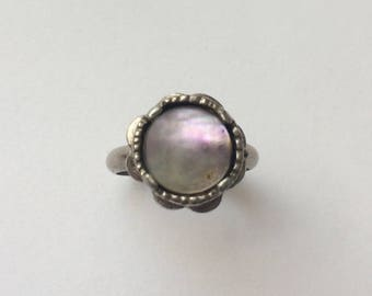 Vintage 1950's Sterling Silver Mother of Pearl Round Flower Adjustable Ring