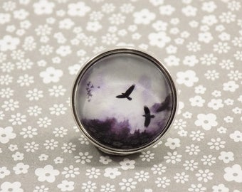Snap Charm Button - Birds over Fall Sky - Meme Jewelry, Dank Memes, Vintage, Noosa, Ginger Snaps, Vintage Illustrations, Memes Antique