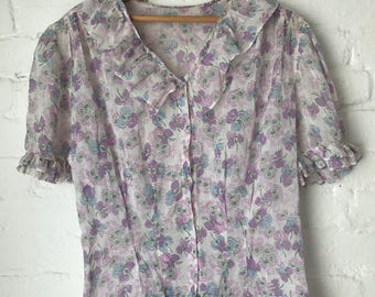 Vintage 1930s Floral Pastel colored light weight cotton blouse with unique hand blown glass buttons 40s