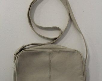 Plain Handbag (White)