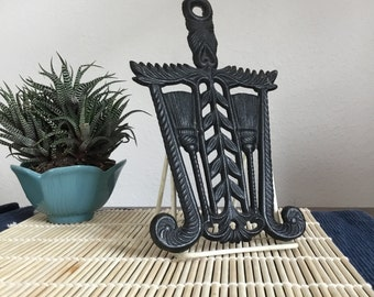 Vintage Trivet Cast Iron Broom Trivet by Wilton 1960s, Wrought Iron Large Trivet, Vintage Home Decor