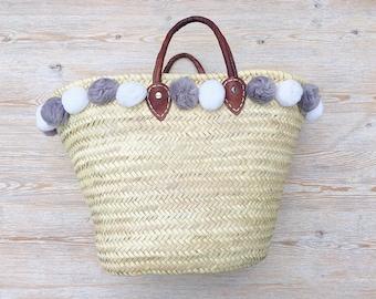 Straw Basket Bag with Pom Poms. Market Bag