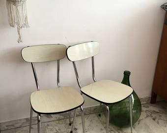 Set of 2 Vintage Formica Chairs, White Seat and Backrest, Steel Legs / Lot de 2 Chaise en Formica, Coloris Blanc, Piétement Acier Tubulaire