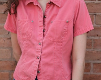 Vintage Pink-Coral Structured Collared Button-Down w/ Front Pockets & Tulip Hem- S