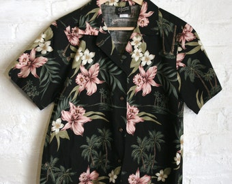 Hawaiian Short Sleeve Blouse