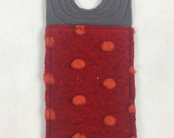 Charging case charging aid * LadeLade * made of felt