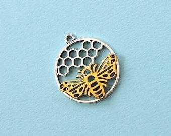 Bee Pendant - bee necklace, bee charm, honey bee pendant, charms & pendants, bee jewelry, jewelry supplies, honey bee charm, insect jewelry
