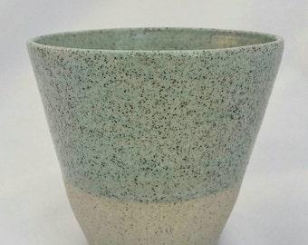 Stoneware beaker - Mint