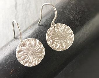 Daisy Flower Earrings - Silver Circle Earrings Floral Earrings Handmade Small Sterling Silver Earrings Gift For Her