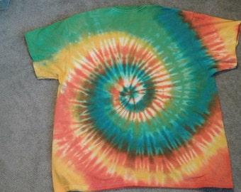 A fantastically fun spiral tee shirt. SIZE 2XX