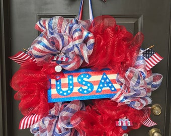 USA Patriotic Wreath