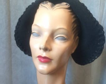 1940s Black Bonnet Styled Hat
