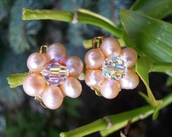 Fresh water pearls and Swarovski Crystal Clip on Earrings, Flower Earrings, Fresh water pearls and crystal