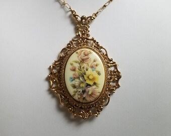 Vintage Florenza Hand Painted Floral Bouquet Filigree Necklace