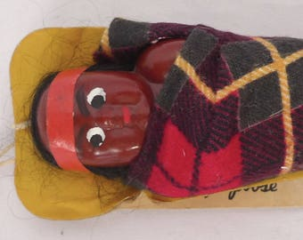 Vintage PAPOOSE Native American Genuine INDIAN Made Mailer Souvenir DOLL Card