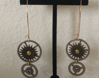 Steampunk Earrings, Gear Earrings, Spinning Gear Steampunk