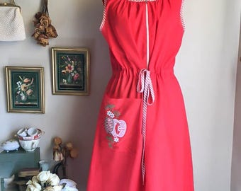 Sweet Vintage 50s Red Stripe Apron Dress