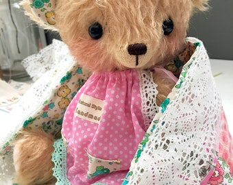 artist bear Jenny Bear in day dress by bear artist Jenny Lee and jennylovesbenny mohair bears