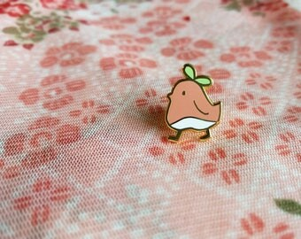 Momopyo enamel pin