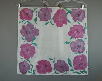 Vintage Silk Scarf Large Pink Screen Print Flowers, 34x 35 inches Ideen in Stoff
