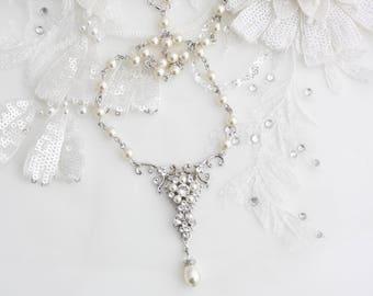 Pearl Bridal Necklace Pearl Necklace Pendant Wedding Necklace Swarovski Pearl Crystal Vintage Wedding Jewelry Filigree Necklace PARIS CLS NL