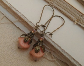 Secret garden, pink flower earrings.