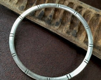 Hamsa Pendant Dark Leather Bracelet with Brass Clasp - Boho Chic - Protection, Evil Eye Jewelry - Hand of Fatima