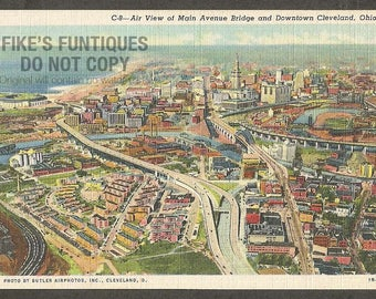 Cleveland, Ohio Vintage Postcard - Air View of Main Avenue Bridge and Downtown (Unused)