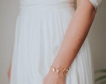 Gold Leaf Bridal Bracelet | Pearl & Crystal Wedding Bracelet | Delicate Ribbon Cuff [Iverness Bracelet]