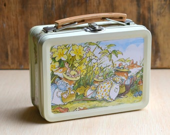Vintage Lunch Box, Brambly Hedge Lunch Box, Keepsake Box, Royal Doulton, Storage Box, Gift Box, Mouse Picnic, Brambly Hedge 'Spring Story'