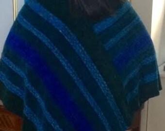 Handwoven Green Blue Twist Poncho