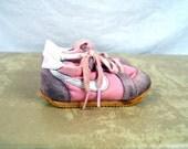 Kids XS Toddler Vintage 80s Nike Pink Girls Sneaker Shoes - Size 4