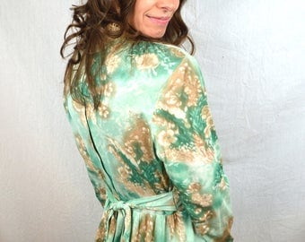 Vintage 1970s Green Empire Waist Floral 70s Maxi Dress