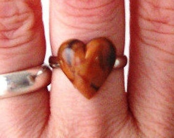 chocolate brown heart statement ring adjustable band cocktail fashion womens ladies modern valentines day sweetheart love romance romantic
