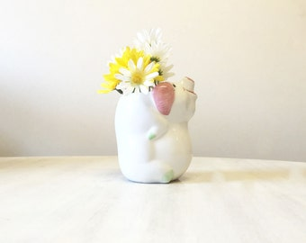 Vintage pig vase, vintage vase, miniature vase, vintage pig figurine, pig collectible, ceramic pig vase, pig decor, ceramic vase, china vase
