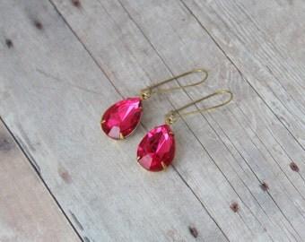 F L O R E T - Vintage Rose Pink Faceted Teardrop Jewel, Gold Toned Brass, Dangle Earrings