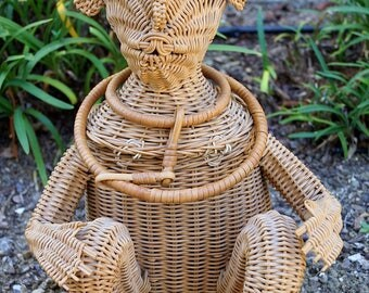 Vintage 50s Wicker Animal Purse / Wicker Monkey Handbag / Rare Collectible Figural Wicker Monkey Purse / 1950s Rattan Novelty Monkey Purse
