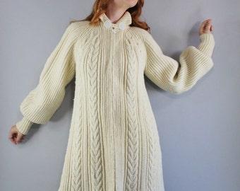 Vintage 70s Women's Rustic Fashion Modern Prairie Aran Knit Fisherman's Style Heavy Winter Handknit Wool Long Cardigan Sweater Jacket