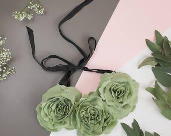 Fabric flower necklace Light green, mint, pistachio