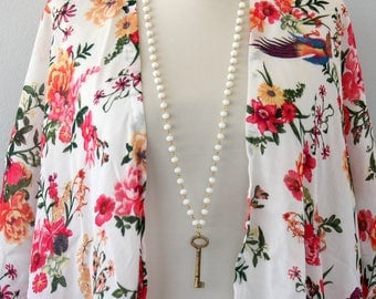 Vintage key necklace antique brass skeleton key necklace white rosary chain necklace bohemian jewelry bridal necklace long boho necklace