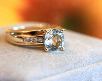 Vintage aquamarine cushion cut 14k gold ring ONLY ONE!