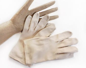 Small Beige Wrist Length Gloves in Cotton Suede