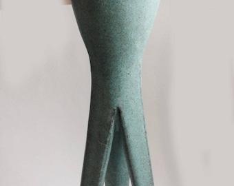 vintage 3 footed ceramic vase turquoise aqua color