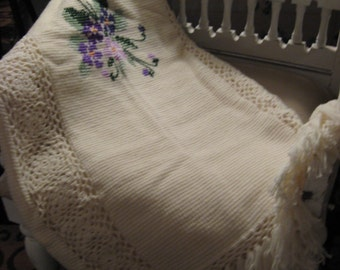 Beautiful Vintage Hand Crocheted Creamy White Afghan Purple Violets Lovely Detailing Cottage Style Chic Shabby Farmhouse